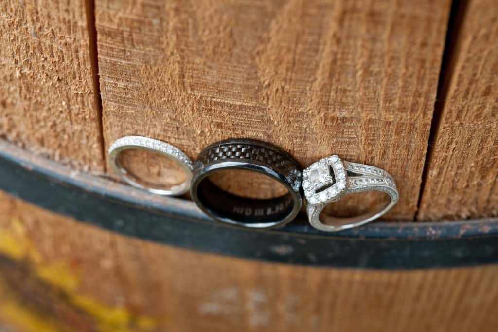 wedding photography rings close up